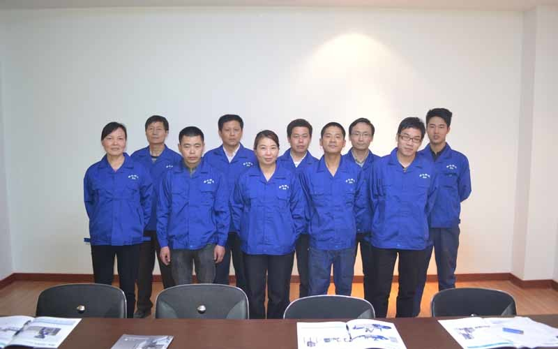 Cina NINGBO LVHUA PLASTIC & RUBBER MACHINERY INDUSTRIAL TRADE CO.,LTD.